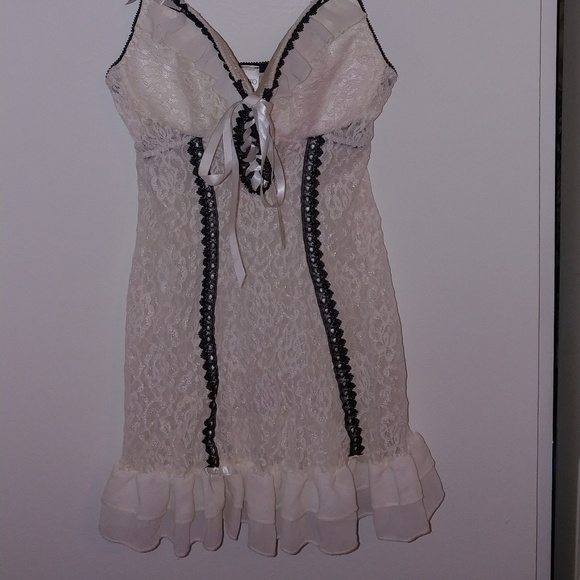 691579854e Nwot Catos White Cream Black Lace Lingerie